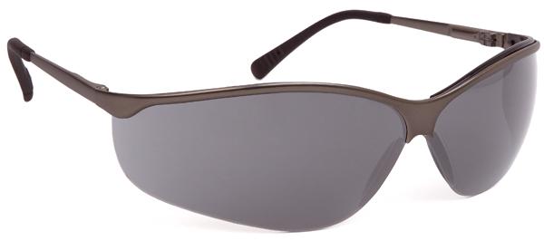 62213 TITALUX füstszínű szemüveg
